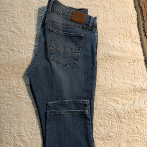 Lucky jeans size 10/30 sweet n straight